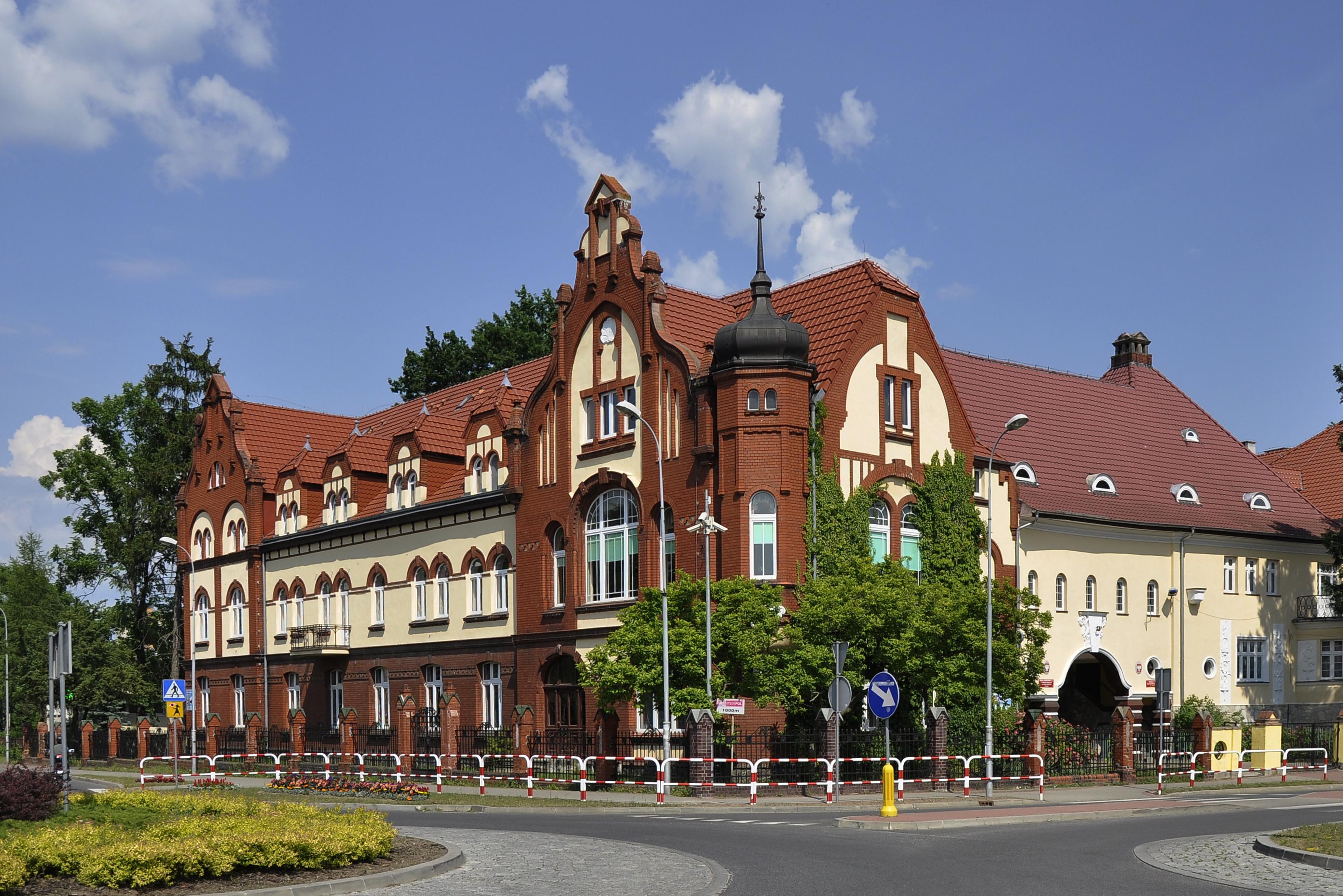 Ilustracja do informacji: Zespół Szkół Ogólnokształcących w Rzepinie zaprasza na koncert Orkiestry Wojskowej.