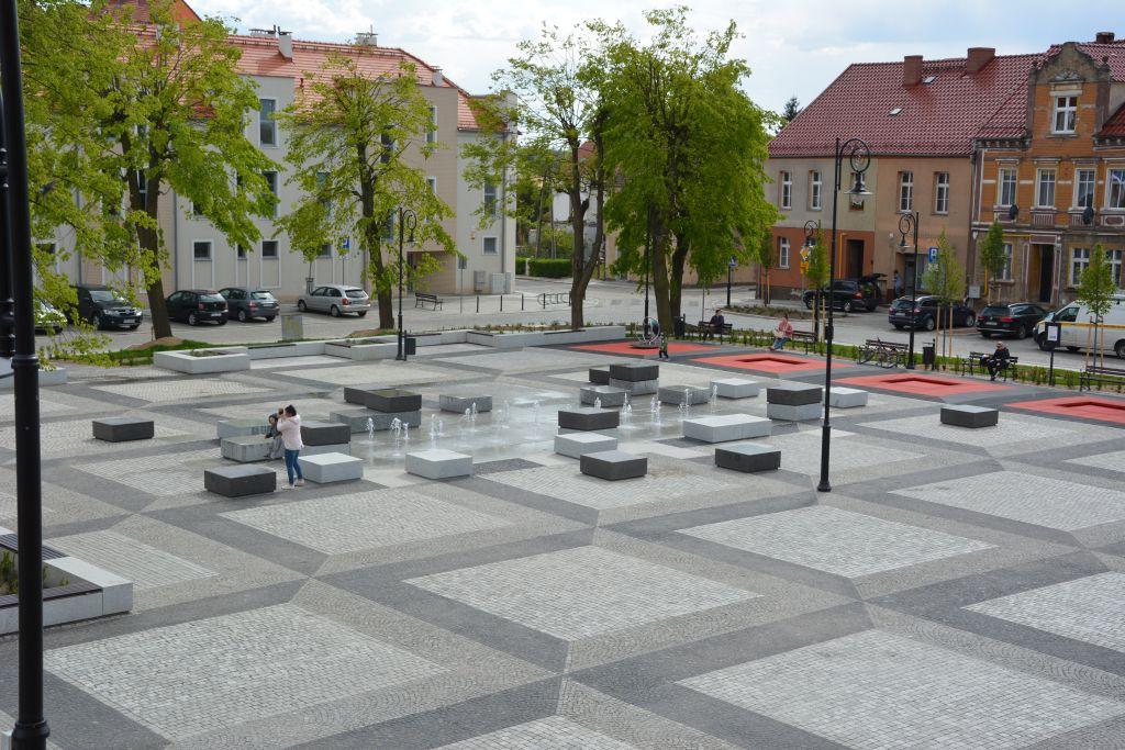 Ilustracja do informacji: Zrewitalizowany Stary Rynek w Rzepinie na 1. miejscu!!!