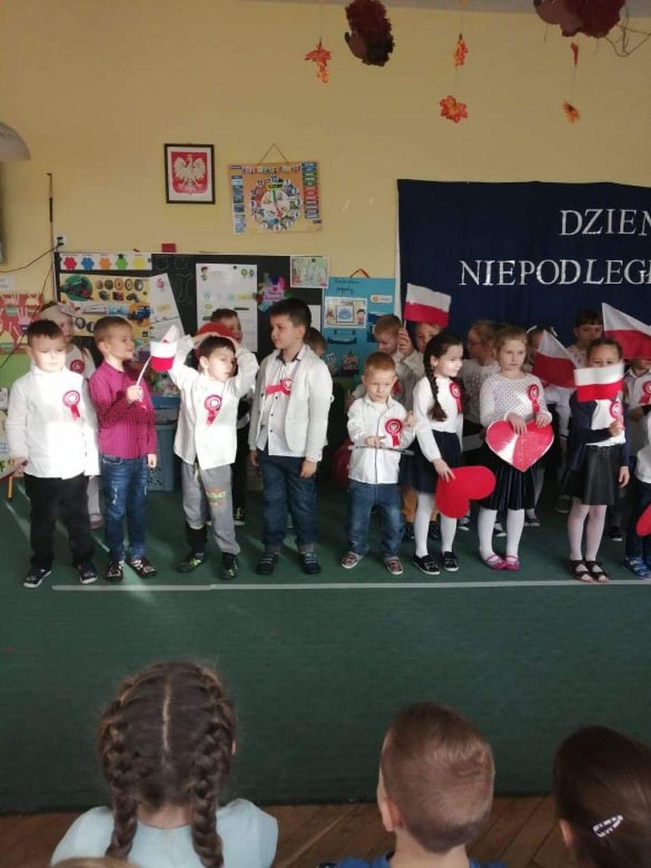 Miniatura zdjęcia: Święto Niepodległości w Przedszkolu nr 2 - Fotka 17